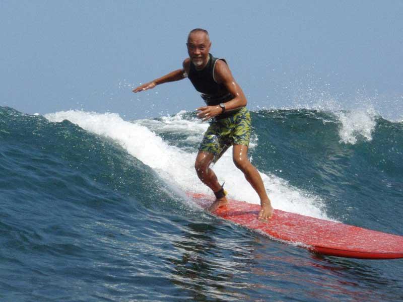 surf800px.jpg